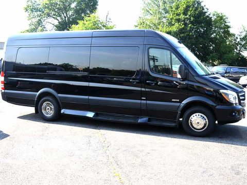 Mercedes Benz Sprinter 3500