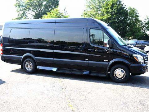 14-16-passengers-mercedes-benz-sprinter-exterior