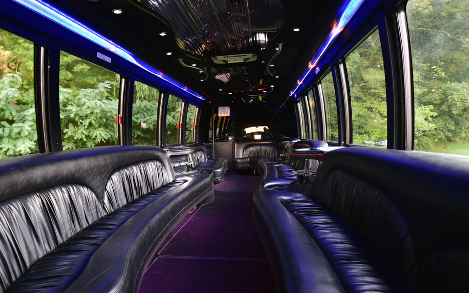 Rent A 28 32 Passenger Party Bus Limousine In Boston