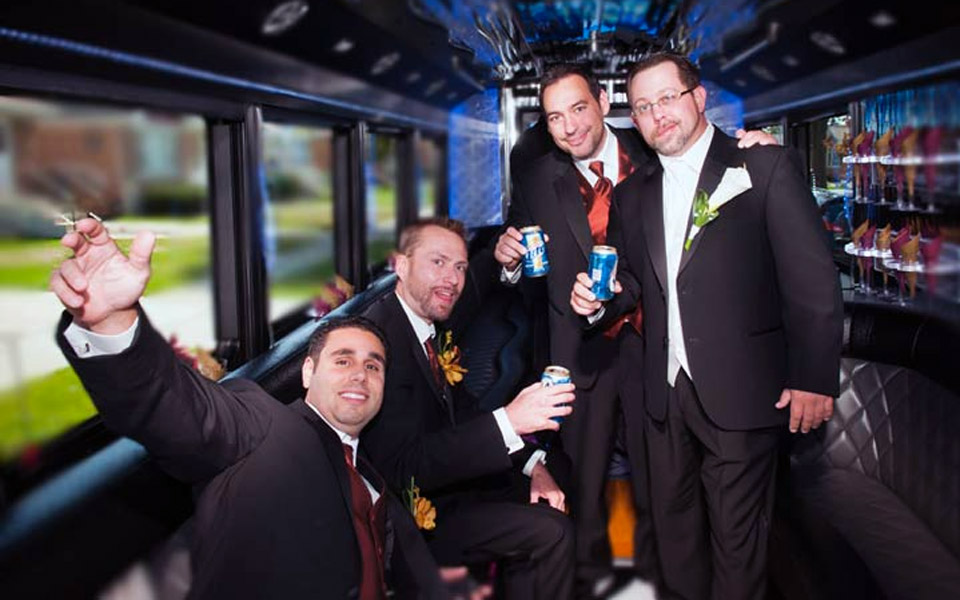 Groomsmen-party-bus-limo
