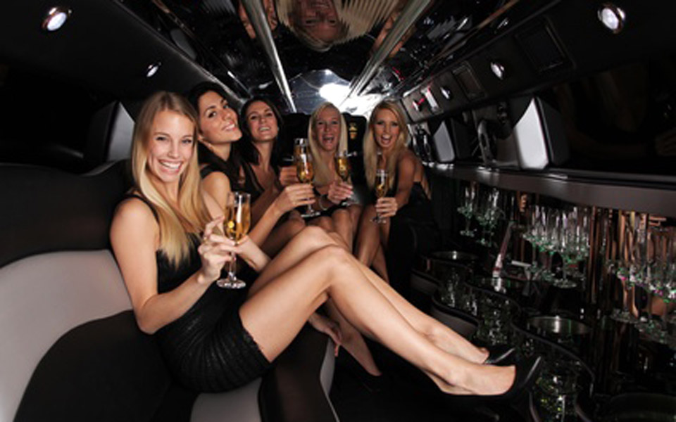 Hummer-limo-bachelorette-party