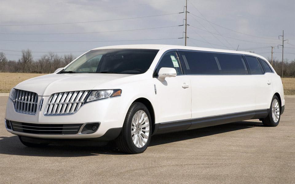 Lincoln-mkt-limousine-boston-2015