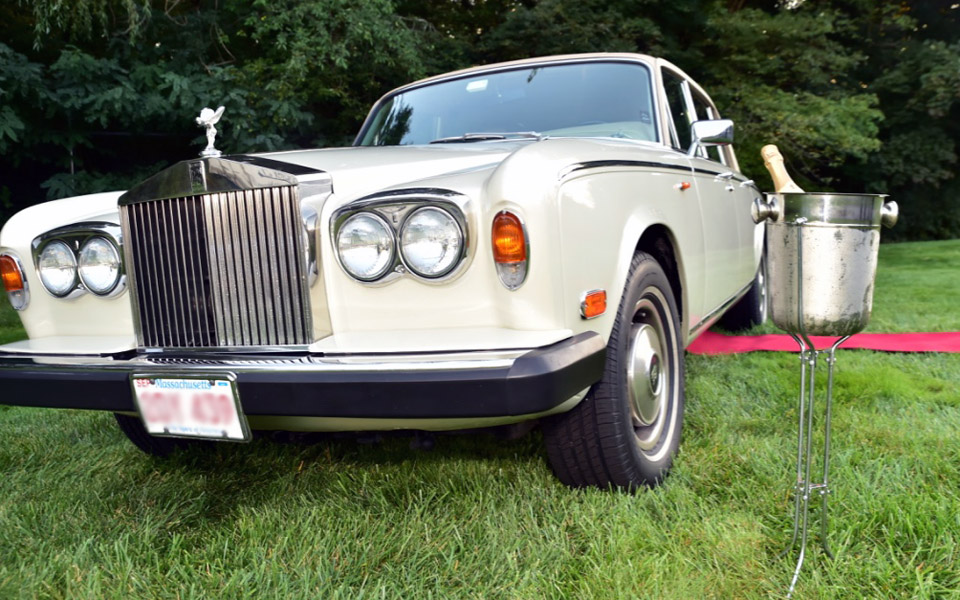 Rols-royce-clasic-car-wedding-service-front