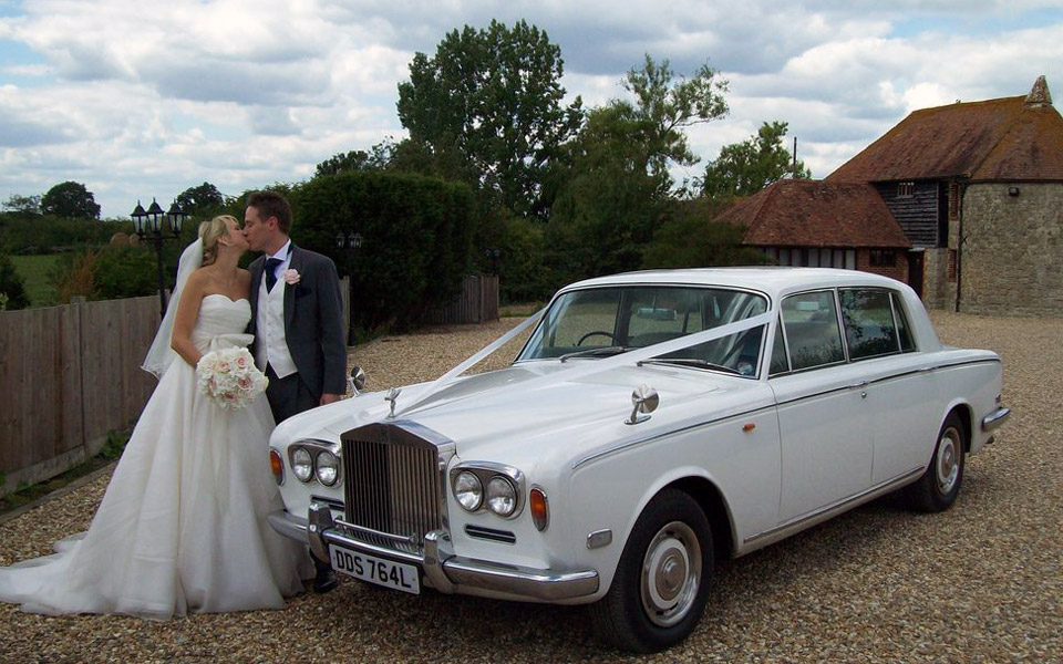 These Vintage Cars Will Make Your Wedding Exit Anything But Basic