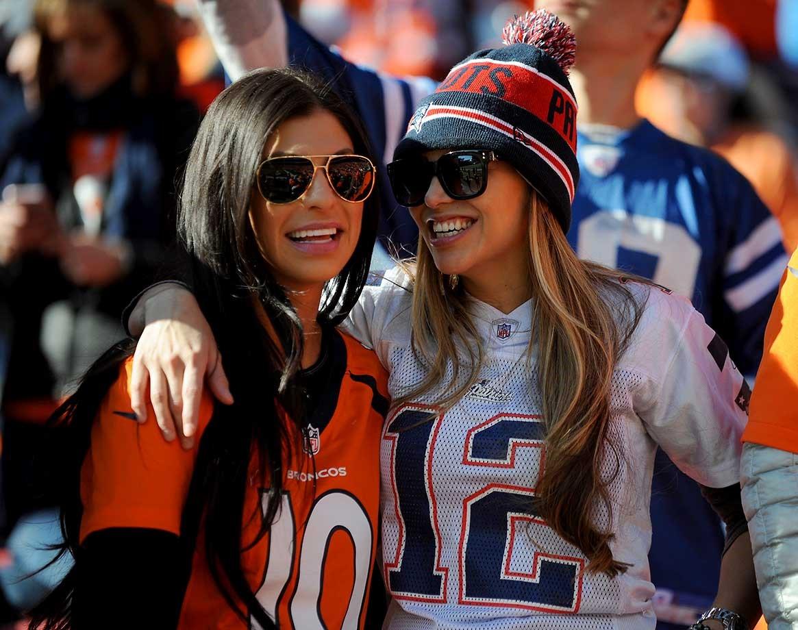 Football Girls Fan