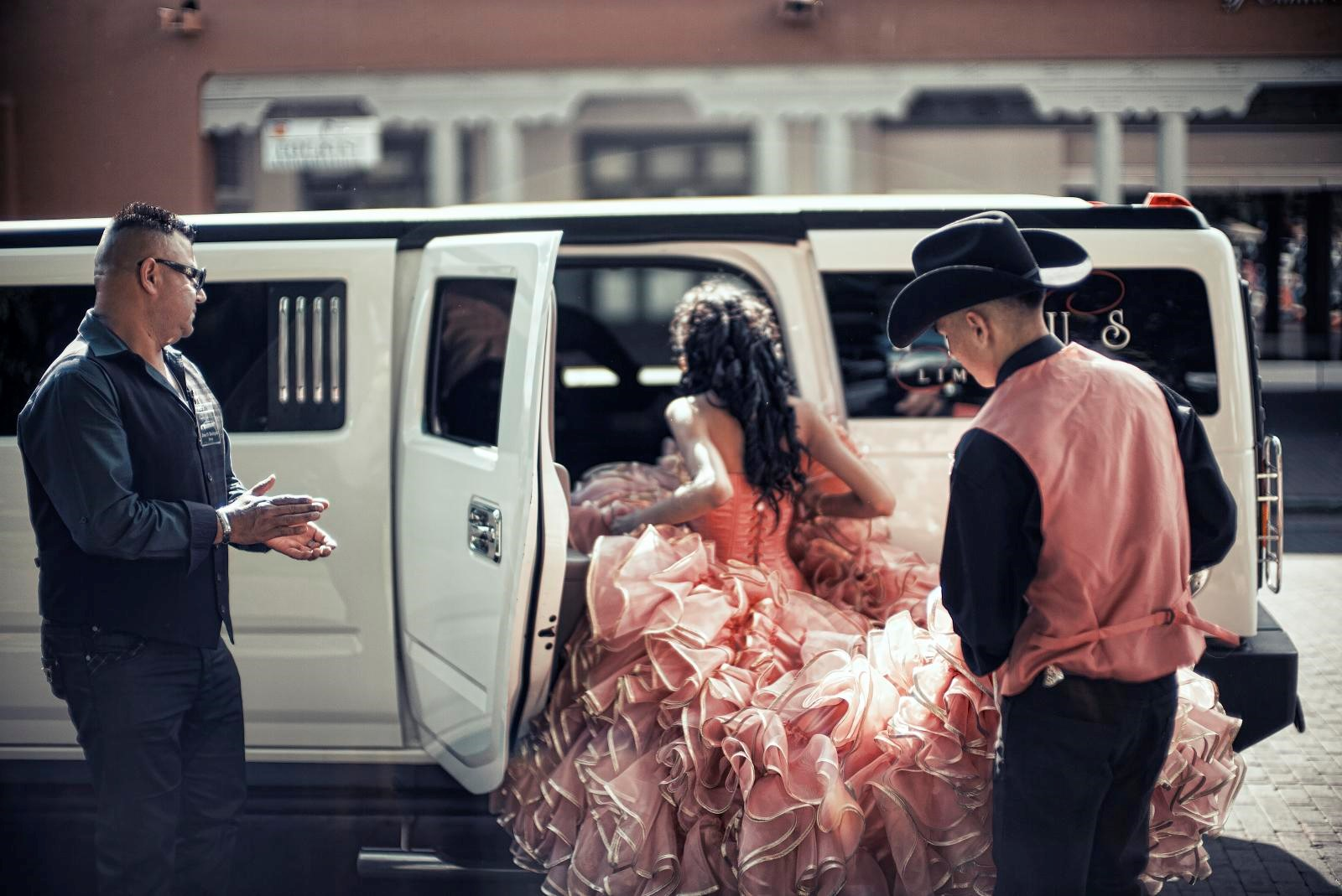 Quinceanera girl Hummer Limo