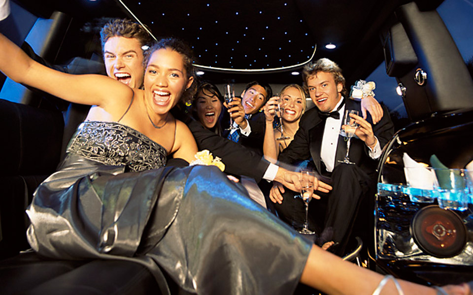 Prom/Homecoming Limo Rentals in Boston, MA - Hire a Luxury ...