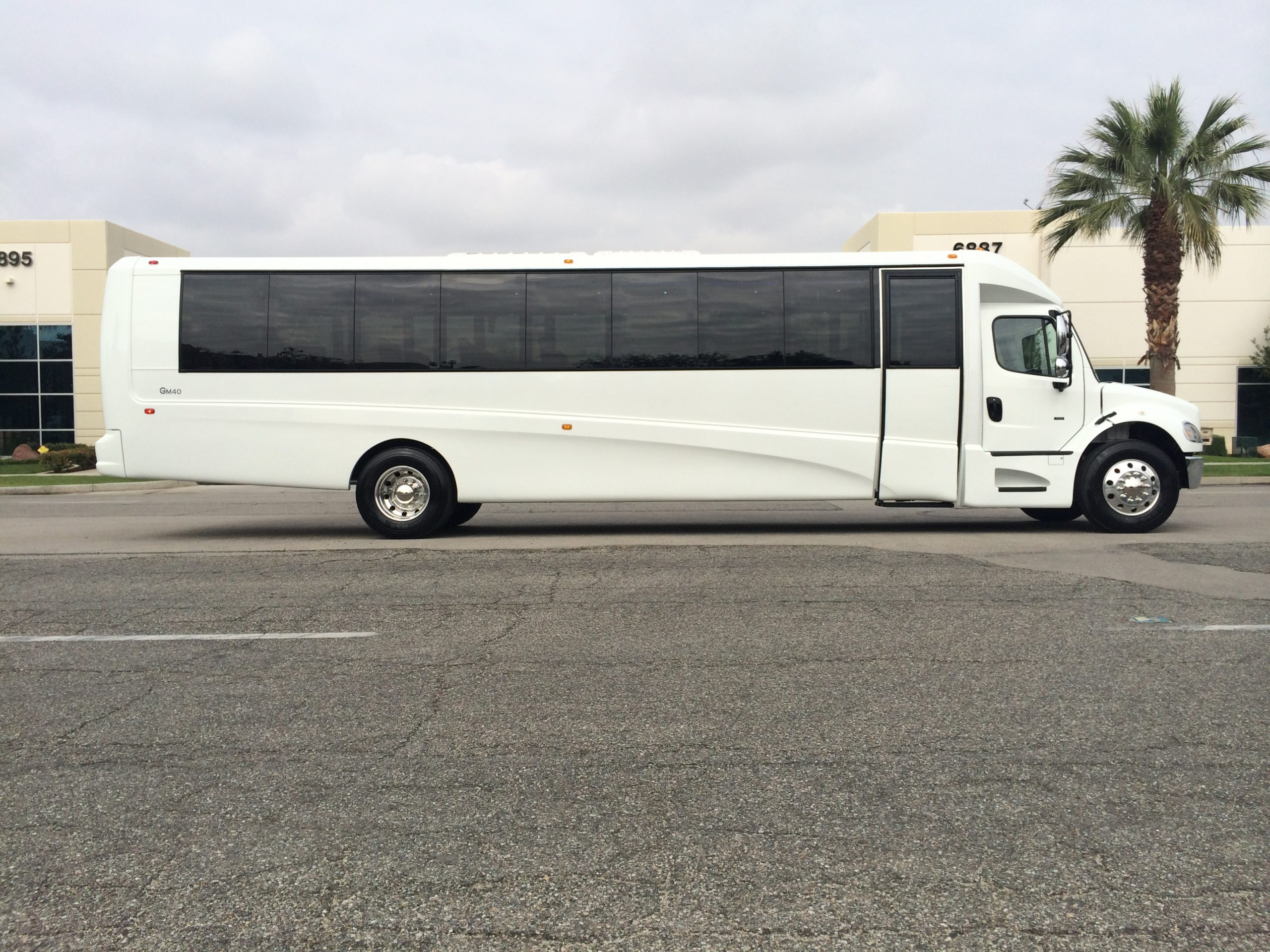 GRECH Mega limo Bus side White